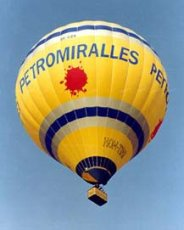 Advertising balloon - Petromiralles