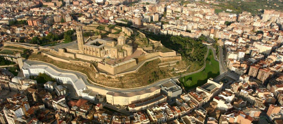 Sobrevolando la ciudad de Lleida