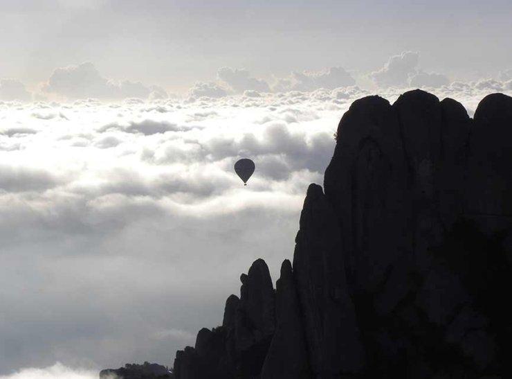 Sobrevolant Montserrat