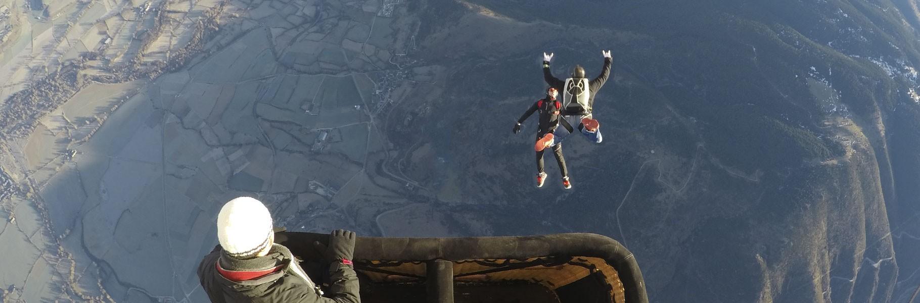 Vols spéciaux d'aventure et extrêmes